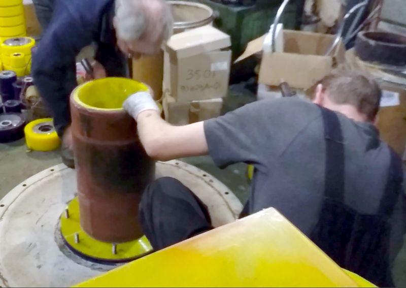 Ремонт полиуретановых изделий  - Видео 1