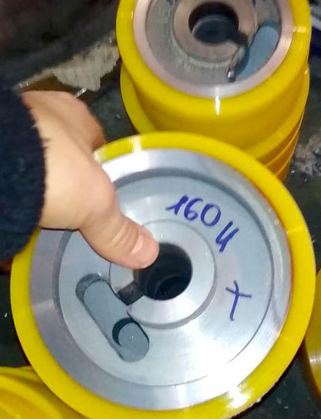 Обрезинивание роликов полиуретаном - Изображение 24